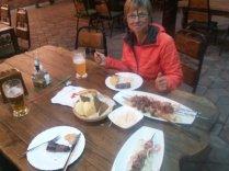 Schaschlik Essen ist in Almaty ein Muss