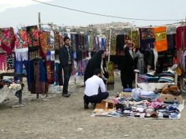 Turkmenische Straßenhändler