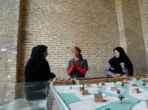 Besichtigung der alten Moschee in Farahabad