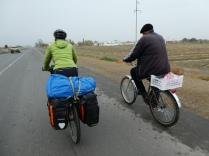In Turkmenistan benutzen viele das Rad