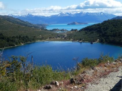Vorne Lago Nero, hinten Lago General Carrera
