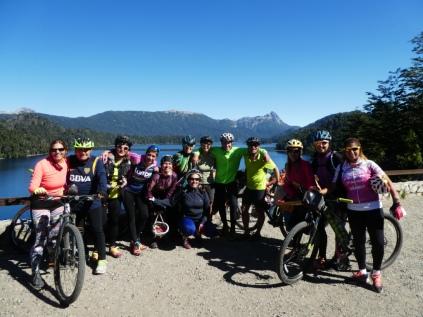 Lago Espejo Begegnung mit Radlern aus Buenos Aires