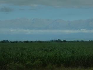 Blick aus dem Busfenster in die Anden