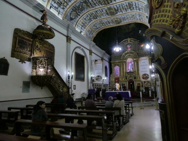 In der Kathedrale von Jujuy