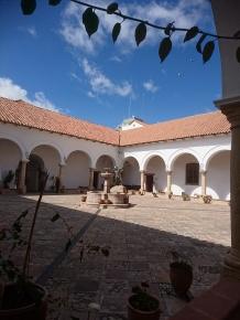 Der Innenhof es ehemaligen Jesuitenklosters