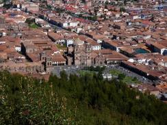 Plaza de Armas mit Iglesia La Compania